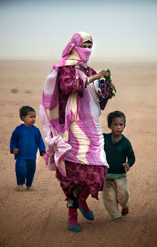 Mother and sons - Merzouga, Western Sahara- Western Sahara-Morocco