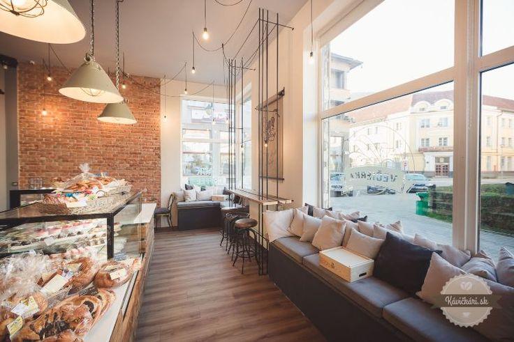 Večierku nahradila kaviareň. Banská Bystrica dostala skvost | Gastro | Style