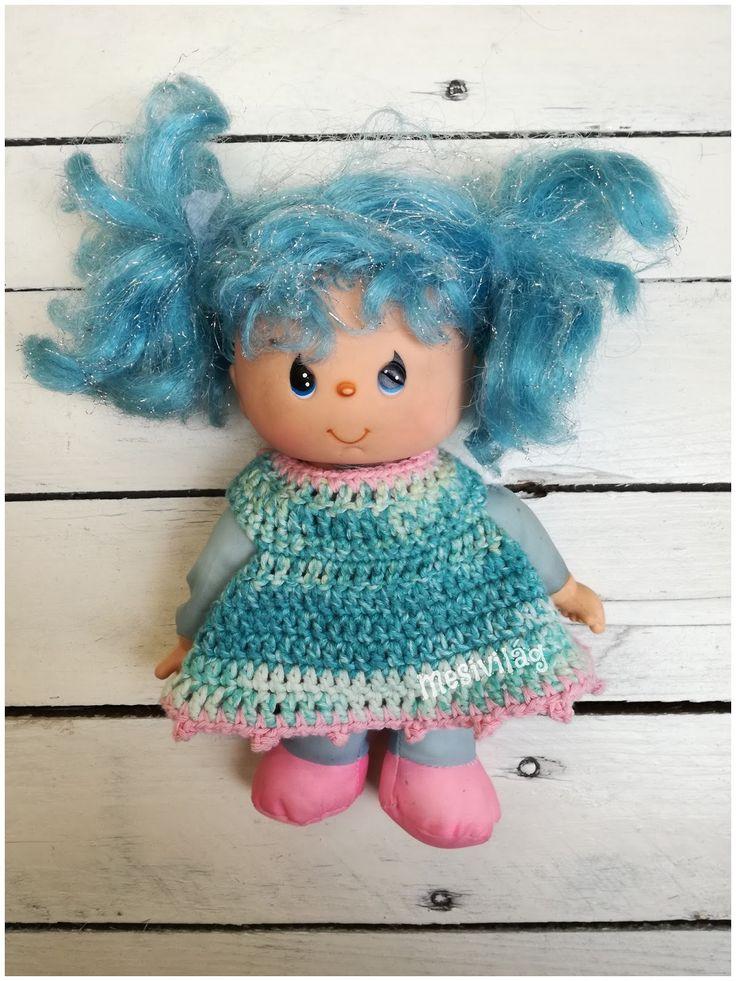 Régi baba új ruhája - old doll with new dress