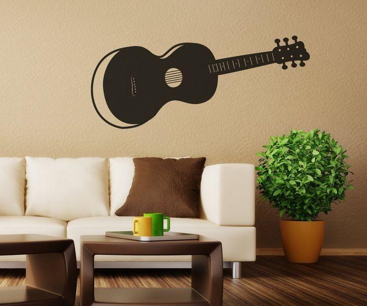 """""""Müziksiz olmaz"""" diyorsanız, evinizin dekorasyonuna müzikle ilgili detaylar ekleyebilirsiniz. Müzik aletleri, müzik notaları ve müziğe dair diğer her şeyle evinizi güzelleştirebilirsiniz. Müzisyenlere ve müzik âşıklarına uygun müzikal dekorasyon önerilerimizle karşınızdayız.    Sesli mobilyalar    Eski bir ..."""