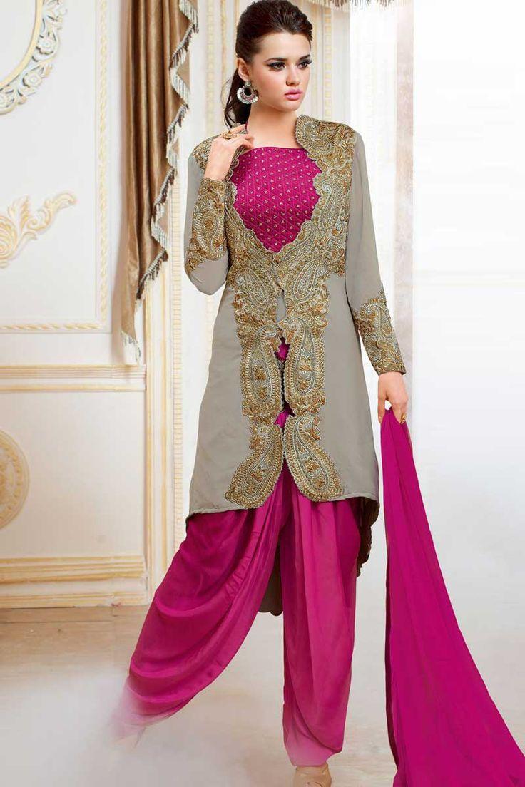 Satin rose Patiala Salwar Suit Prix: -134,17 € Satin rose , semi costume stictch de Patiala . Cou chérie , longueur genou dessus , manches pleine kameez . Rose salwar santoon de Patiala . Dupatta en mousseline de soie rose . Il est parfait pour vêtements de sport , vêtements de fête et de l'usure du parti usure .  http://www.andaazfashion.fr/pink-satin-patiala-salwar-suit-dmv13531.html