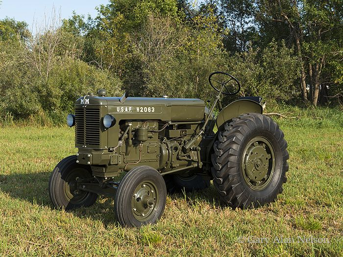 Minneapolis Moline Lawn Tractor Parts : Best antique tractors ideas on pinterest