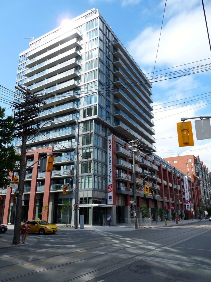 Project: 775 King Street West Location: Toronto, ON Product: Equitone Natura