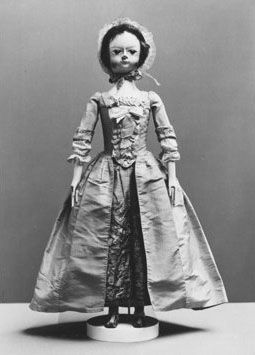 Doll in robe and petticoat, ca. 1760. #Halloween