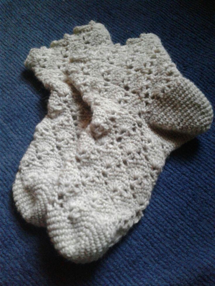 Virkattu sukka,  novita sukkalehdestä