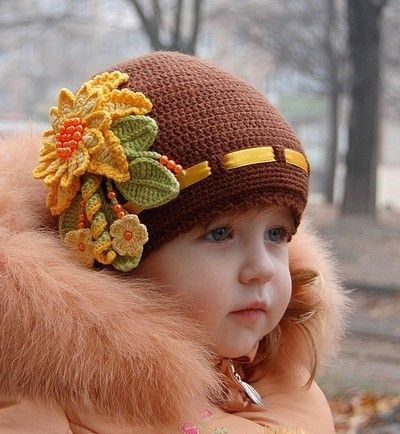 Just loved this pic and the beautiful knitting/crochet.