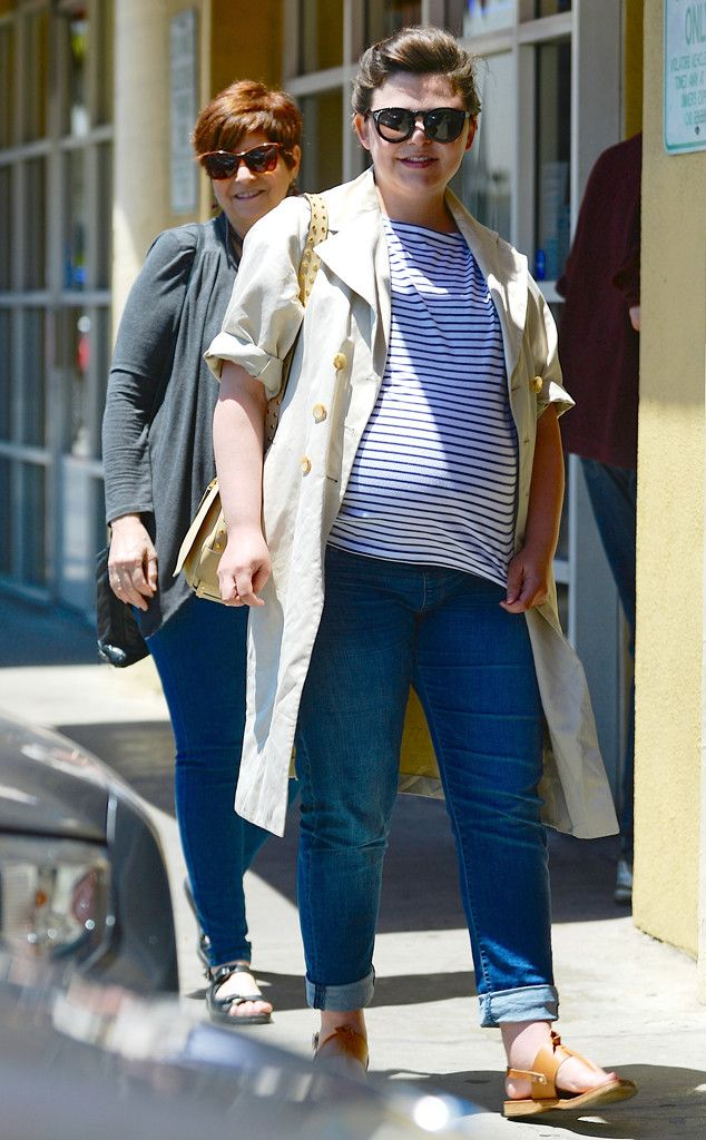 Ginnifer Goodwin: A REAL pregnant woman. Seeing someone famous look like I look when pregnant makes me happy.