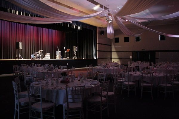 Toowoomba weddings, Highfields Cultural Centre, room for a band