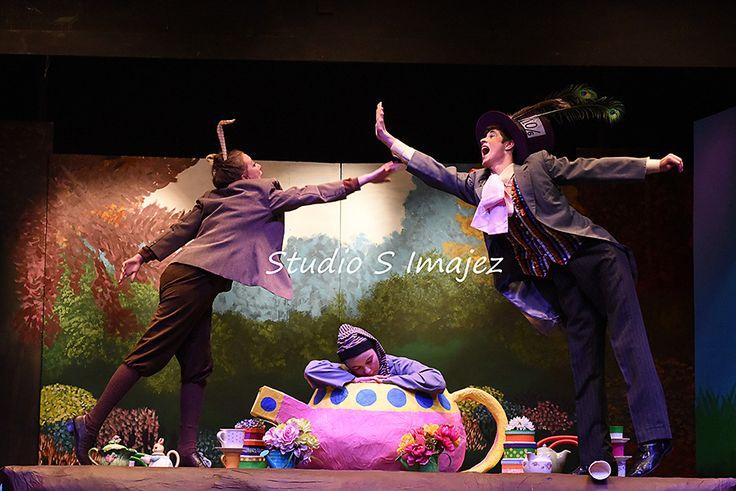 Alice in Wonderland   Swan Hill Theatre Group