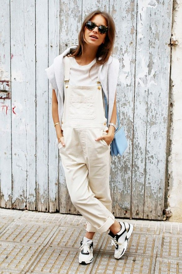 Try pairing cream-colored overalls with a fashionable pair of sneakers // #Fashion #StreetStyle