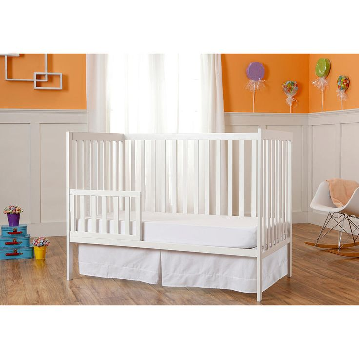 Dream on Me Synergy 5-in-1 convertible crib adds a touch of color to any nursery, the lean modern design adds a contemporary style which fits any decor from you baby nursery to your growing child's bedroom. Dream On Me Synergy 5-in-1 convertible crib easily converts from a standard size crib to a toddler bed to a day bed and 2 options as a full size bed (rails sold separately for full bed). Accommodates a standard size (Dream On Me) mattress, sold separately. This crib is available in a…