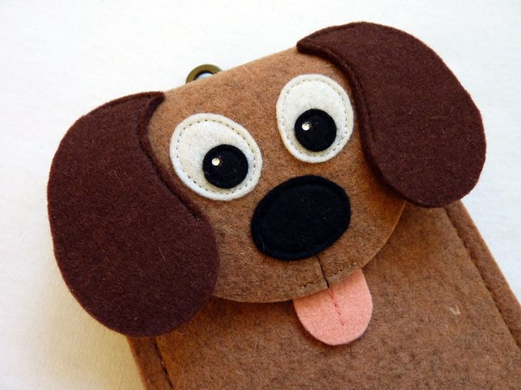 Dog felt gadget case (ipod, cell phone, camera)