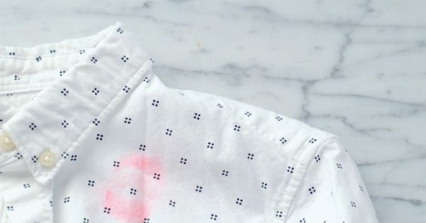 The surprising way to remove a lipstick stain from a shirt or blouse \\ Pure Wow