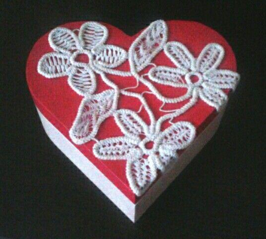 Doily heart box..