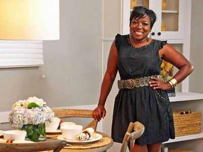 5 Budget-Friendly Tips for Living Room Updates with HGTV Star Tiffany Brooks