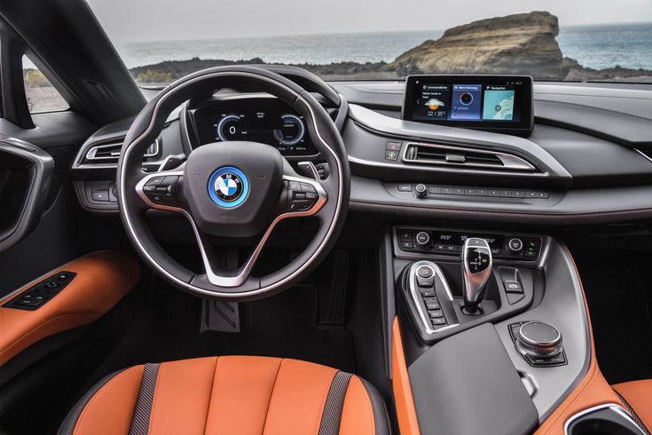 The New 2018 BMW i8 Roadster Interior