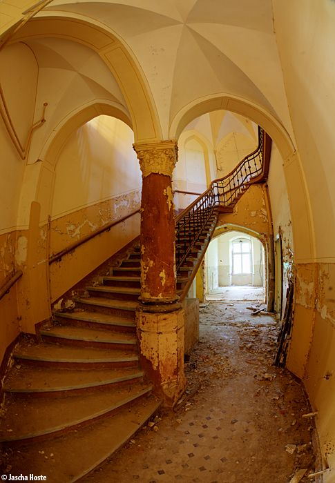 Castle Anubis (D) June 2014 abandoned castle in the former East Germany DDR Photo by: Jascha Hoste