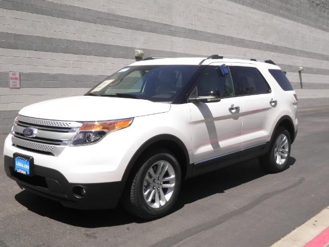 17 best ideas about 2014 ford explorer xlt on pinterest ford explorer xlt 2014 ford explorer. Black Bedroom Furniture Sets. Home Design Ideas