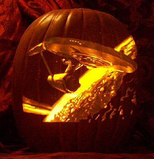 Star Trek Pumpkin Carving- skills. So much skills.