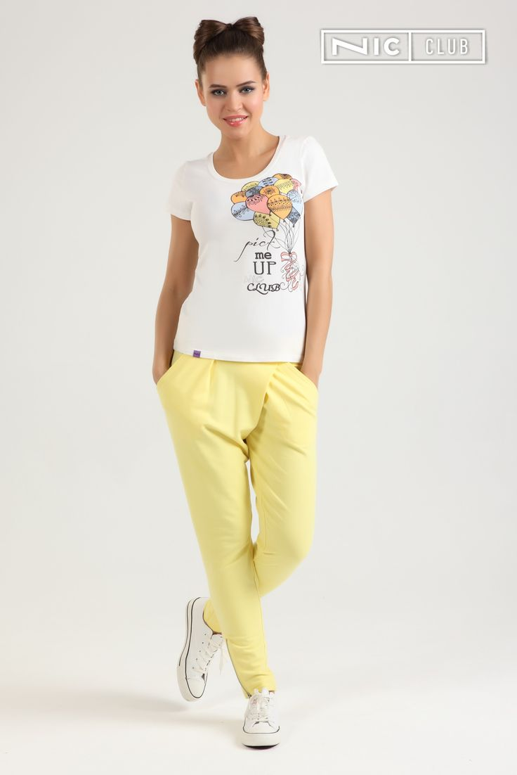 """Стильные трикотажные брюки из коллекции Lolipop (""""Лолипоп"""") идеально подходят для повседневного образа, сочетаются с различными майками и футболками."""