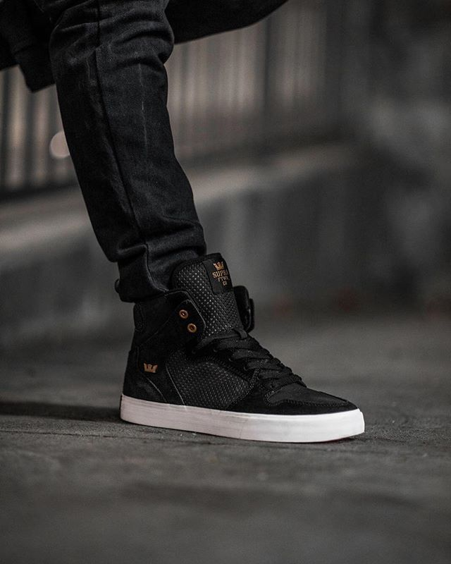 b01e7f0bc71c  suprafootwear Vaider in Black Copper is To shop tap the image and follow  the tag!  supra  suprashoes  suprafootwear  supravaider  vaid…