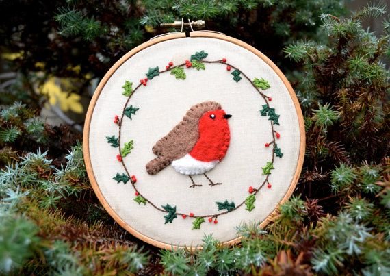 Festive Robin with Holly Wreath - Christmas Embroidery Hoop Art / Wall Hanging / Tree Decoration / Bauble