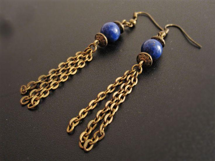 Boucles d'oreilles médiéval bronze avec lapis lazuli de la boutique TheAsaliahShop sur Etsy