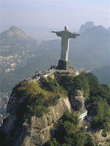 Afbeelding: Christus de Verlosser in Rio De Janeiro (© Design Pics Inc/Rex Features)