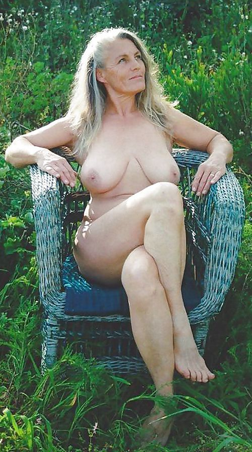 Share your naked mature women with gray hair for the