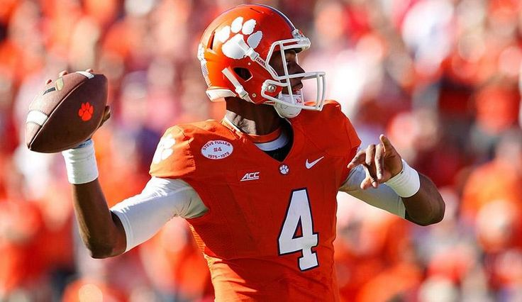 NCAA Rankings 2015: First College Football Playoff Seeding Released – Clemson And LSU Are On Top
