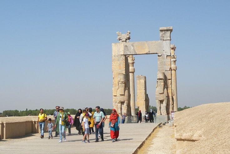 Iran | Persepolis - UNESCO World Heritage Site. Ancient monuments of Iran. credit: Maite Elorza. view on Fb https://www.facebook.com/SinbadsIranPocketGuide #MyIran #Iran #Persia  #TravelToIran #travel #worldheritagesite