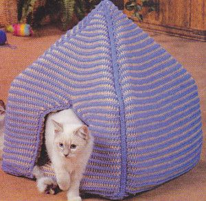 Crochet Kitty Koozie – Cat Bed