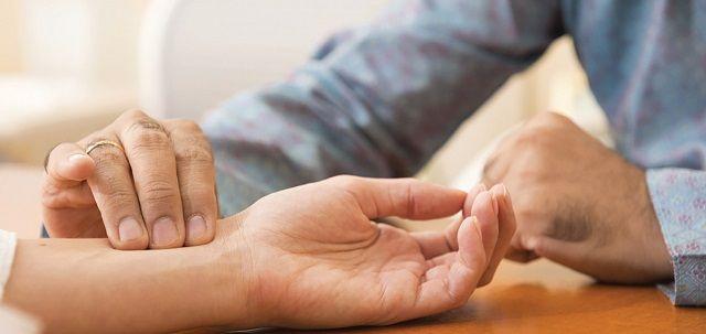 India kormánya prioritásként kezeli az ájurvéda integrálását a hagyományos egészségügyi rendszerekbe, miközben a világ számos országából kapott ezzel kapcsolatosan felkérést, így ez a kongresszus kifejezett szándéka az ájurvéda teljes potenciáljának bemutatása a világ egészségüggyel foglalkozó szakembereinek: http://m.ajurveda.hu/Ajurveda-kongresszus