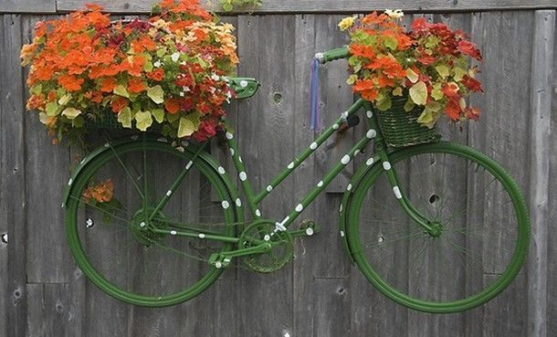 Garden Ideas With Recycled Items