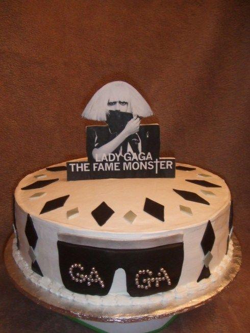 lady-gaga-cake-768x1024