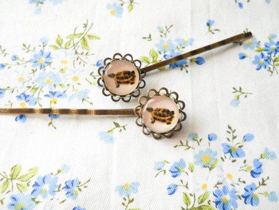 Turtle Hair Pins, Turtle Bobby Pins, Antique Bronze Hair Pins, Vintage Style Hair Pins, Cabochon Hair Pins, Glass Cabochon Bobby Pins