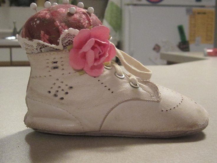 Vintage baby shoe pinchusion