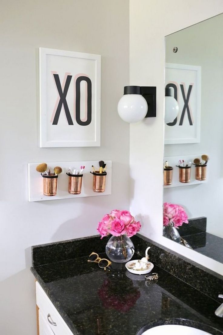 Los recipientes para las brochas. Para el cuarto.-decorating-ideas-budget/