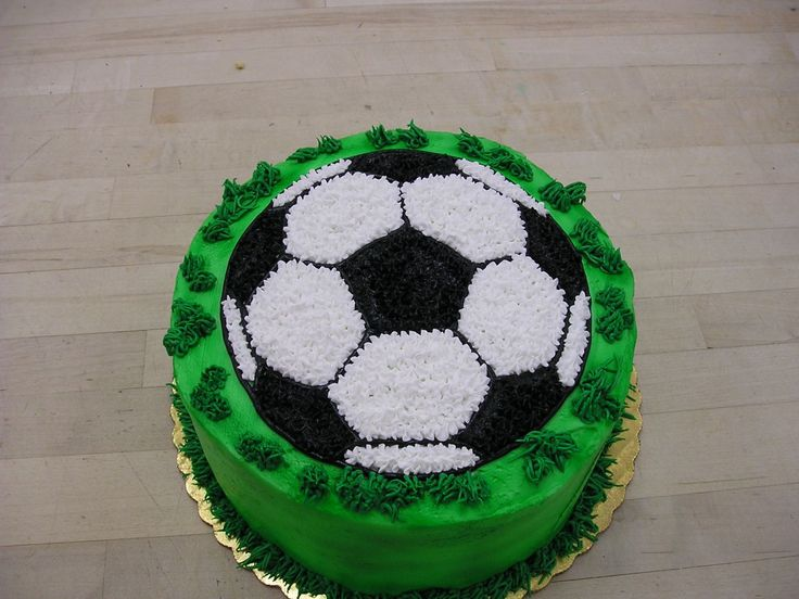 Soccer Cake — Futball more at Recipins.com