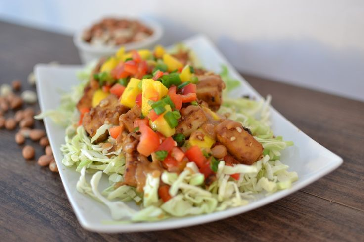 Cabbage+Salad+with+Crispy+Peanut+Tofu+and+Mango+Salsa | Veggie Dinner ...