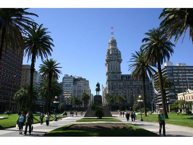 Colonia & Montevideo Tour 2017