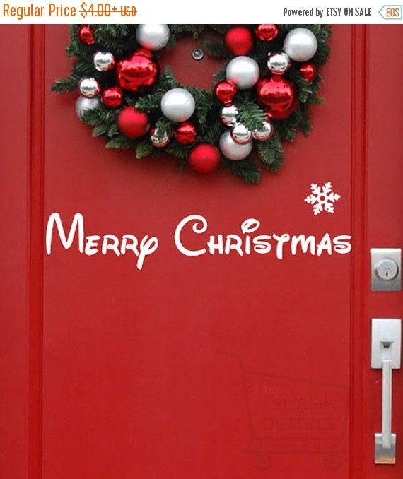 SUR les autocollants de vente de Noël, joyeux Noël en caractères de Disney avec flocon de neige pour Front de portes, fenêtres et murs de boutique tout simplement parfait