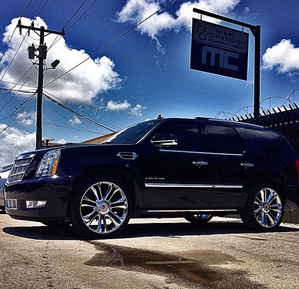 Used Cadillac Escalade Parts For Sale: Best 25+ Cadillac Escalade Ideas On Pinterest