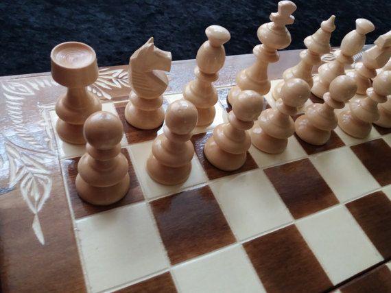 Nueva pieza de ajedrez de madera avellana hecho a mano caja de tablero de ajedrez de madera 44 x 44 de flor tallada a mano, sistema de madera del ajedrez, backgammon, damas, damas, regalo