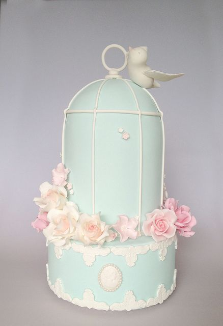 Sweet cake ... Vintage Birdcage by Sweet Tiers, via Flickr. -- Grace Ormonde Wedding Style
