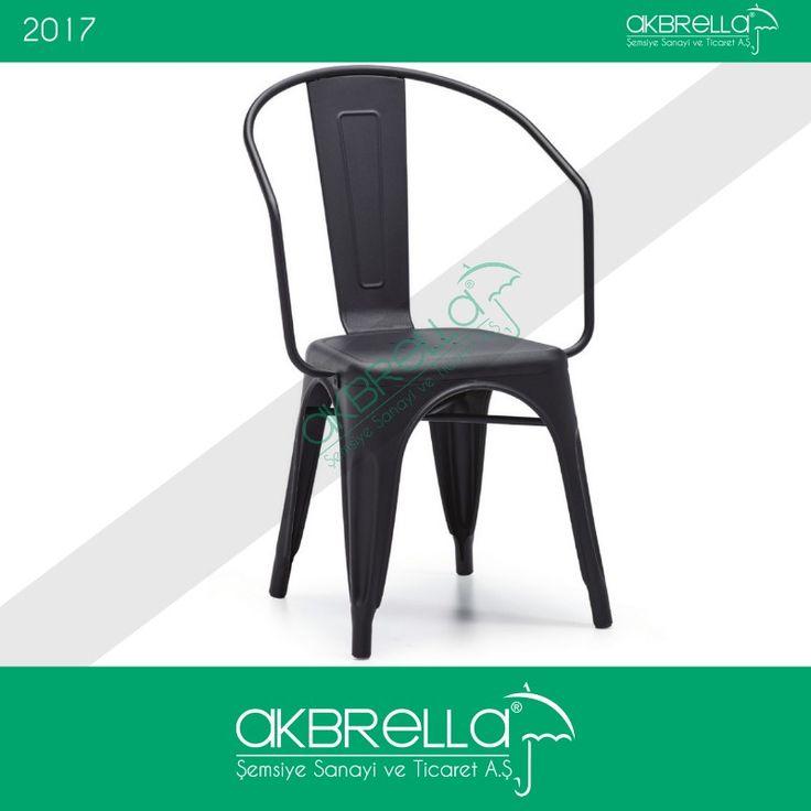 Farklı tasarım cafe sandalyelerinden olan ürünümüz, tabure şekli verilmiş oturma alanı ve bunu yaslanma alanıyla birleştiren yine sıradışı tasarımlı metal parça ile öne çıkıyor. #akbrella #cafemobilyası #cafesandalyesi