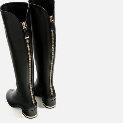 FLAT BOOTS WITH HEEL DETAIL