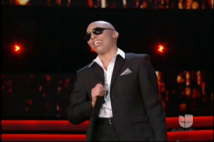 Zoila Ceballo – Pitbull Performance Nuestra Belleza Latina 2016