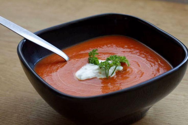 dýňová polévka z červenou řepou