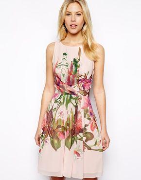 Imagen 1 de Vestido con estampado simétrico de orquídeas de Ted Baker